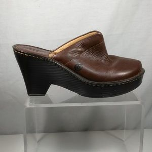 Born women brown leather clogs mules
